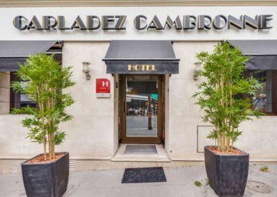 hotel-carladez-cambronne-galerie-facade-1