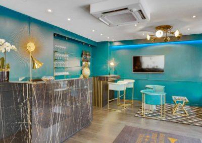 hotel-carladez-cambronne-galerie-reception-bar-2