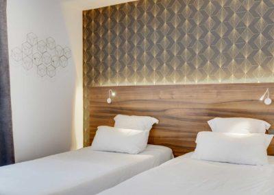 hotel-carladez-cambronne-galerie-twin-bain-lits-1